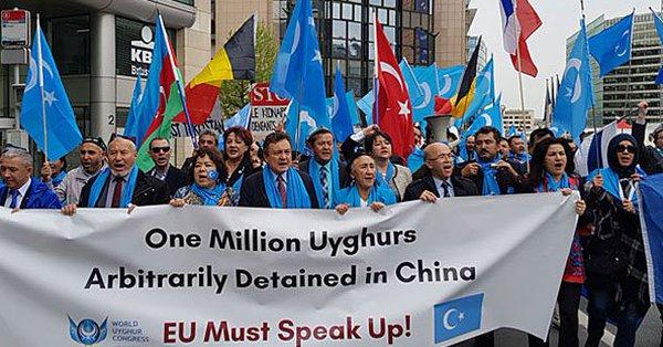 مظاهرات الجمعة تحت عنوان«خمسة آلاف»  تمت بنجاح