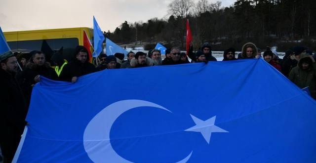 Çin'in Doğu Türkistanlılara zulmü İsveç'te protesto edildi